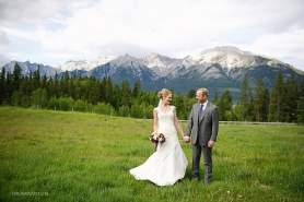 Karin + Bryce Canmore Wedding // Canmore Wedding Photographers | Carlin Anquist Photography
