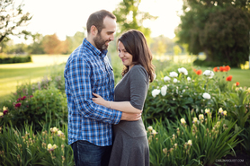 Riley Park Engagement Photos | Love | Engaged | Sunset | Calgary Wedding Photographer | Carlin Anquist Photography