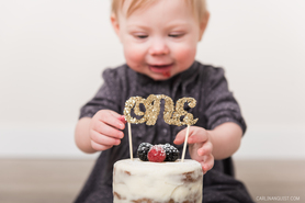 1 year Cake Smash | Calgary Children's Photographer