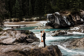 Emerald Lake Elopement Photos | Natural Bridge