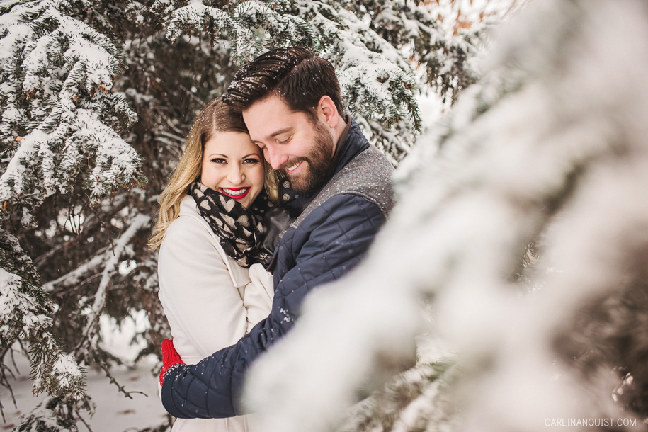 Calgary Winter Engagement Photos at Edworthy Park