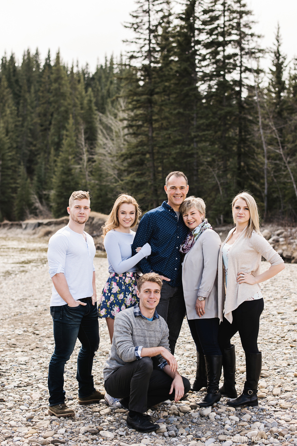 Calgary Family Photos in Fish Creek Park